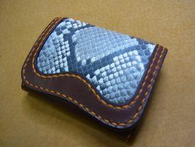 ダイヤモンドパイソンコインケース