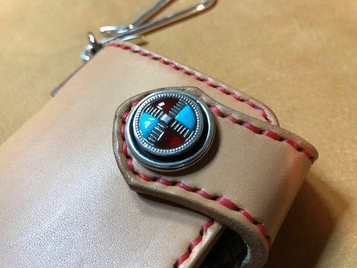 シニュー糸手縫い